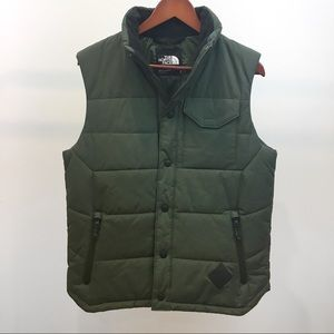 North Face mens Patrick Point green puffer vest